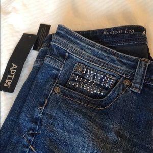 NWT APT. 9 jeans
